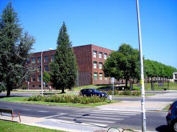 Universiteit van León, één van de twee universiteiten in de provincie. Op de foto de facultieten Wijsbegeerte en Letterkunde.