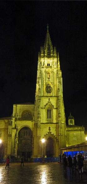 De kathedraal San Salvador te Oviedo