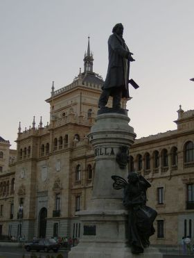 Monument van José Zorrilla in Valladolid