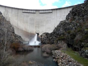 De stuwdam van Riaño.