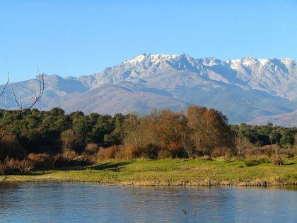 El Pico Almanzor, gelegen ten zuiden van Castilla y León, de hoogste berg in de Sierra de Gredos en van het Sistema Central