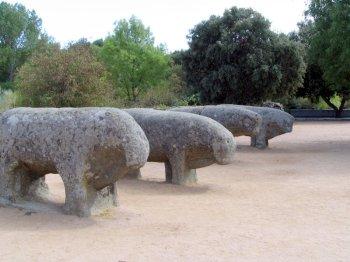 Toros de Guisando, van Keltische oorsprong, in El Tiemblo, Ávila.