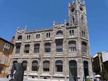 Spaanse verhalen, León, oude postkantoor.