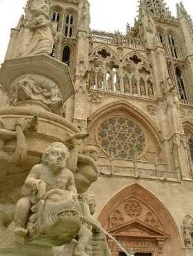 Aanzicht van de kathedraal van Burgos