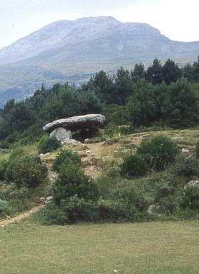 Dolmen in Tella (Huesca)