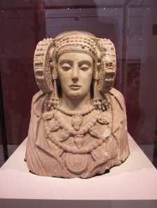 De Dame van Elche, staat in het Museo Arqueológico Nacional de España in Madrid
