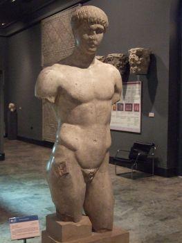 Mannelijk Romeinse beeld uit de 1ᵉ eeuw v. C. gevonden in Zaragoza