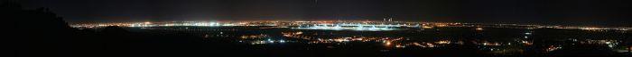 Nachtelijk panorama van Madrid.