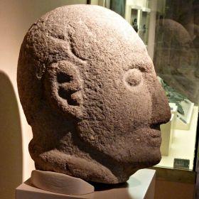 De kop van een krijger uit Rubiás, Bande )ijzertijd'.