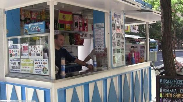 Niet vergeten Calle Narvaéz!!!!.... En daar gaat u dan een echte Horchata of nog beter een Agua de Cebada drinken.