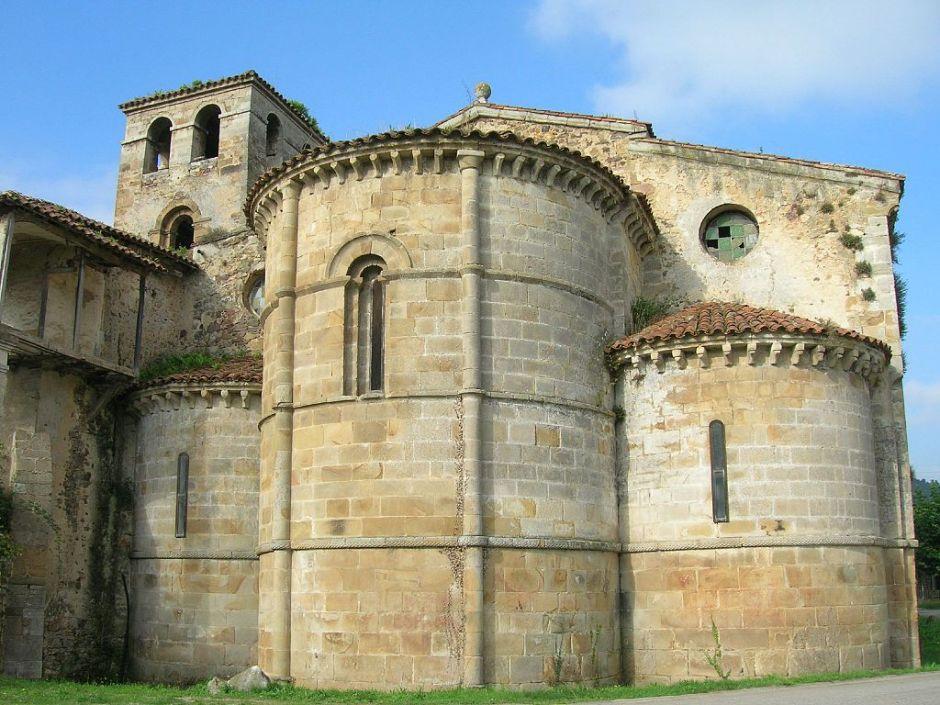 Klooster van San Salvador de Cornellana opgericht door prinses Cristina Bermudez.