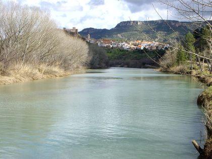 De rivier, in de buurt van Cofrentes.