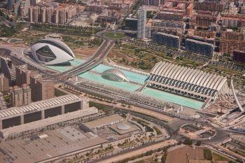 De stad van Kunst en Wetenschap. Met bouwerken van Calatrava.