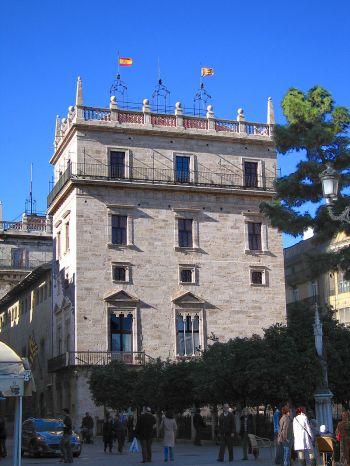 Paleis van de Generalitat, symbool van zelfbestuur van Valencia.