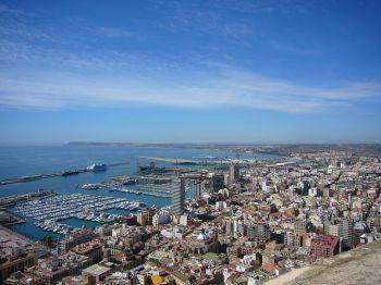 De haven van Alicante.