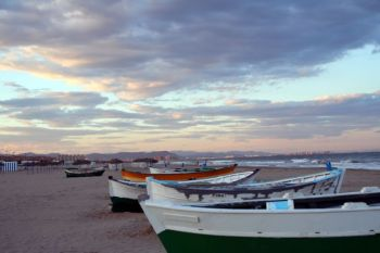 Playa de El Cabanyal of het Pl. de las Arenas -Valencia.