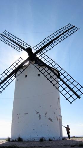 De typische molens van La Mancha.