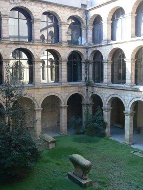 Archeologisch museum, etnografisch en historisch Baskenland in Bilbao.