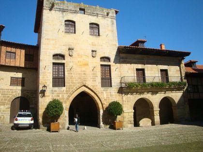 Toren van Don Borja in Santillana del Mar.