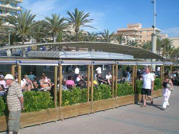 Baleario 6 van Playa de Palma. Vanaf 1970 werden er meer dan een dozijn van de spa's gebouwd tussen El Arenal en Can Pastilla.