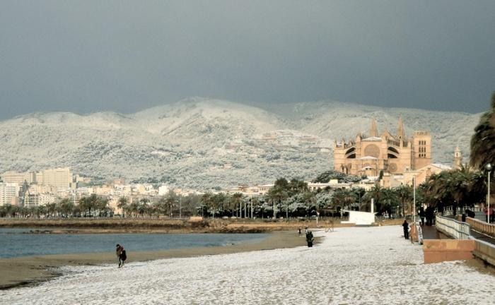 Zware sneeuwval zoals hier in 2012 is zeldzaam in Mallorca.