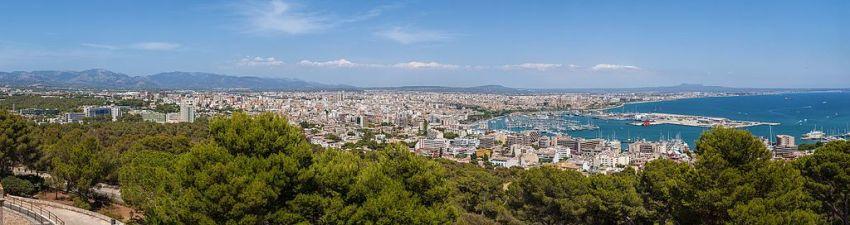 Panorama van Palma gezien vanaf het kasteel Bellver.