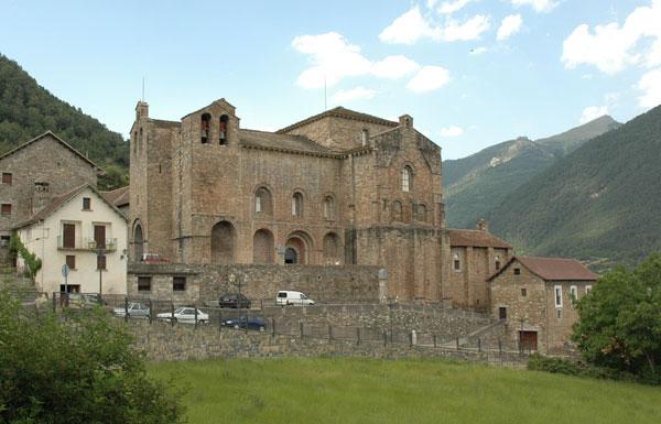 San Pedro de Siresa, een klooster met nauwe politieke en culturele banden. Hier werd Alfonso I opgeleid.