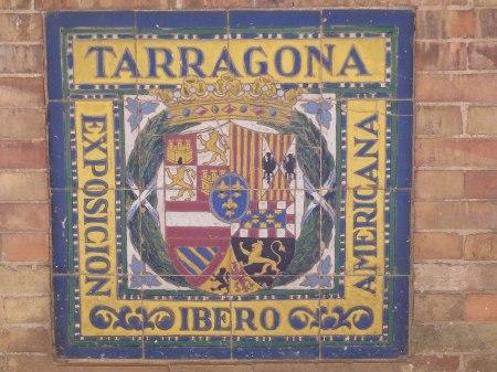 Afbeelding, tegelwerk van wapen van provincie Tarragona.